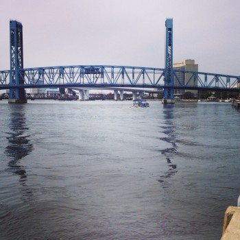 Incidentally, Jacksonville achieves connectivity through its many bridges over the St. John's River.