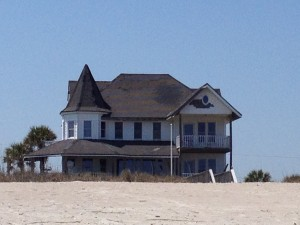 Weathered old style beach house on Fernandina Beach, Florida. This is the kind of house I imagine when I read Madeleine L'Engles The Other Side of the Sun.